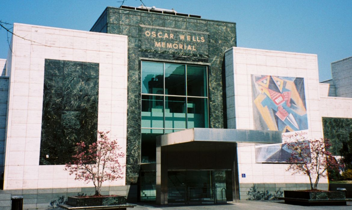 Redefining the face of beauty top museums in birmingham al for Craft stores birmingham al