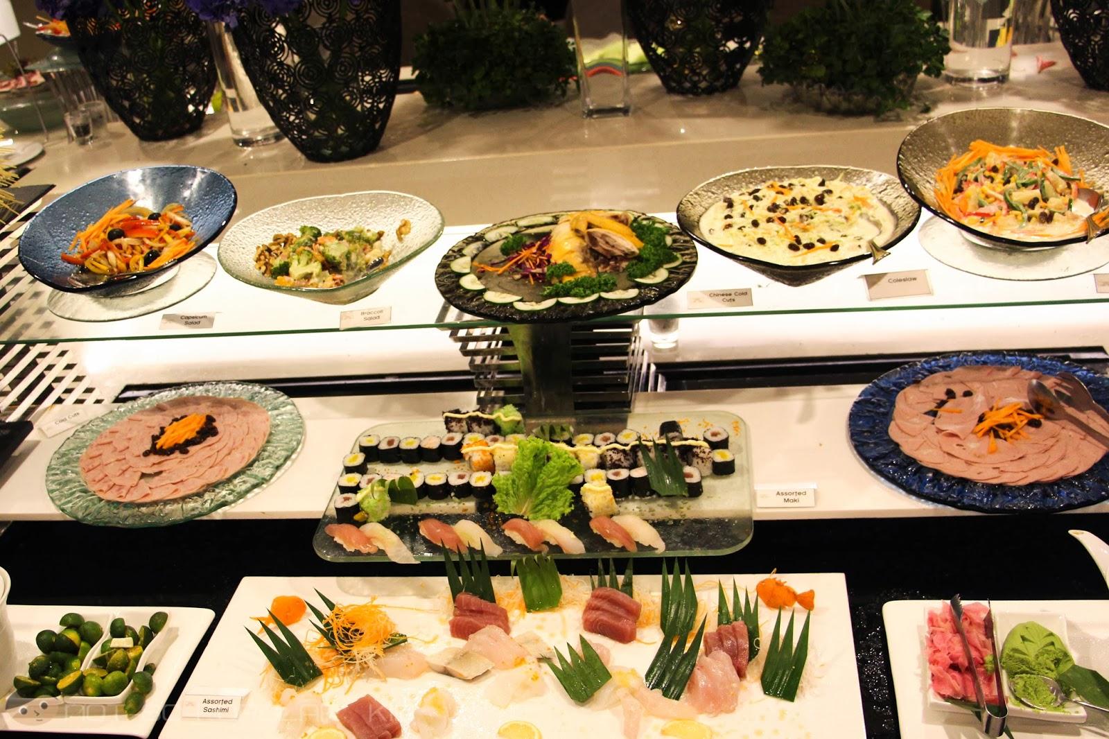 The Sushi Bar of Midas Cafe - Sushi, sashimi and more!