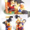Bonequinhos em biscuit: Goku, Gohan e Chichi