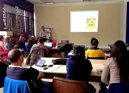 El miembro del grupo de profesores del diplomado en Redes Sociales, Jesús Maceira, dictará un taller sobre Periodismo Digital. (Foto: Cortesía del Diplomado en Redes Sociales ULA)