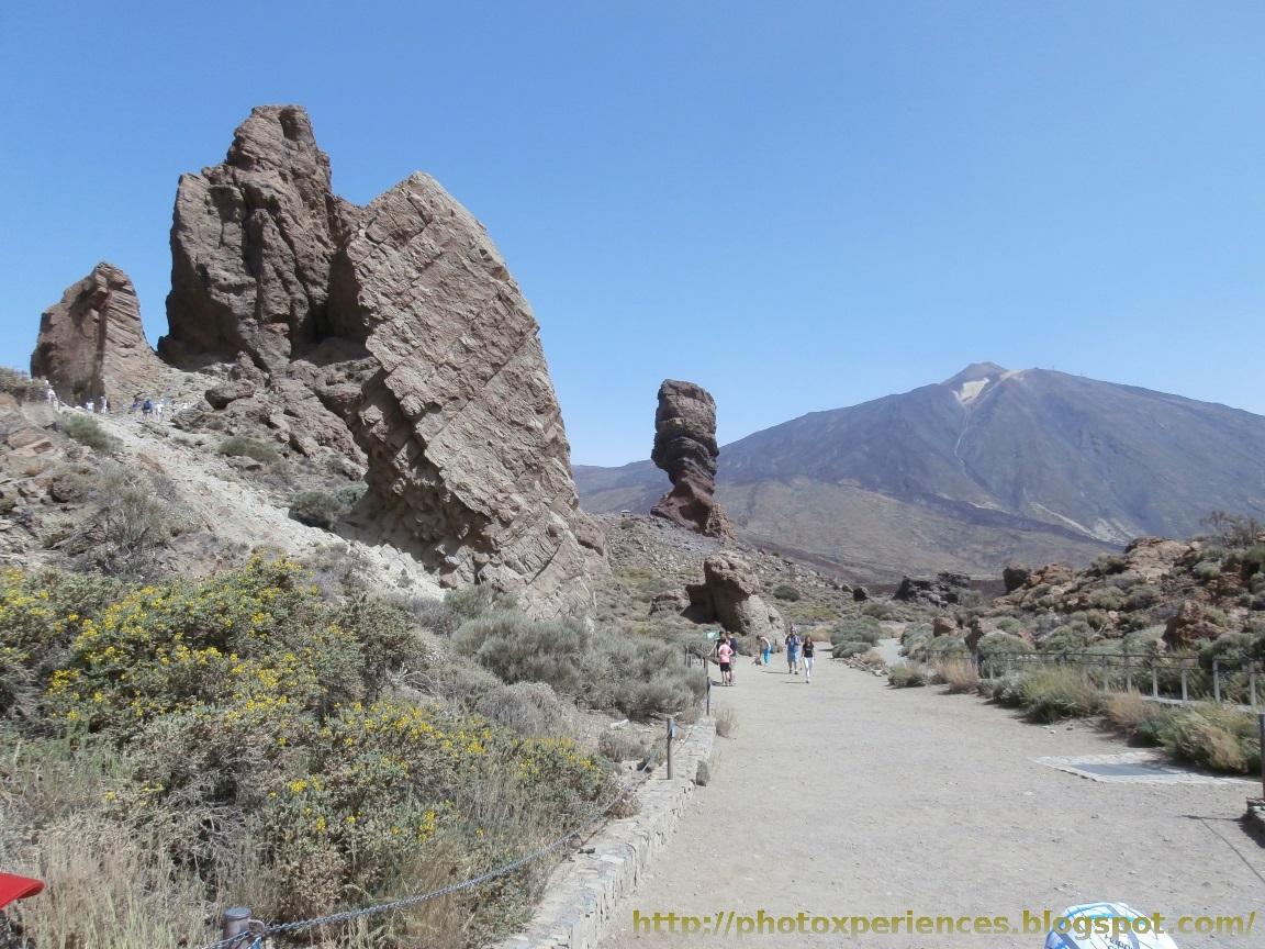 La Ruleta y el Roque Cinchado con el Teide al fondo