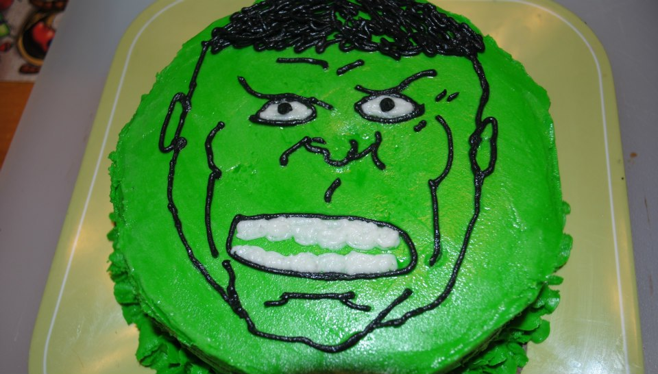 Hulk Cupcake Ideas http://twoveganboys.blogspot.com/2012/08/treats-for-my-superhero.html