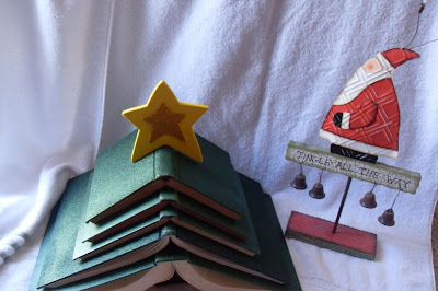 book-christmas-tree.jpg