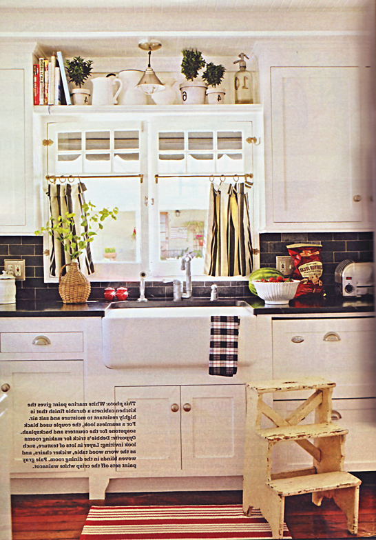 Decorology Small Kitchens That Still Get The Job Done