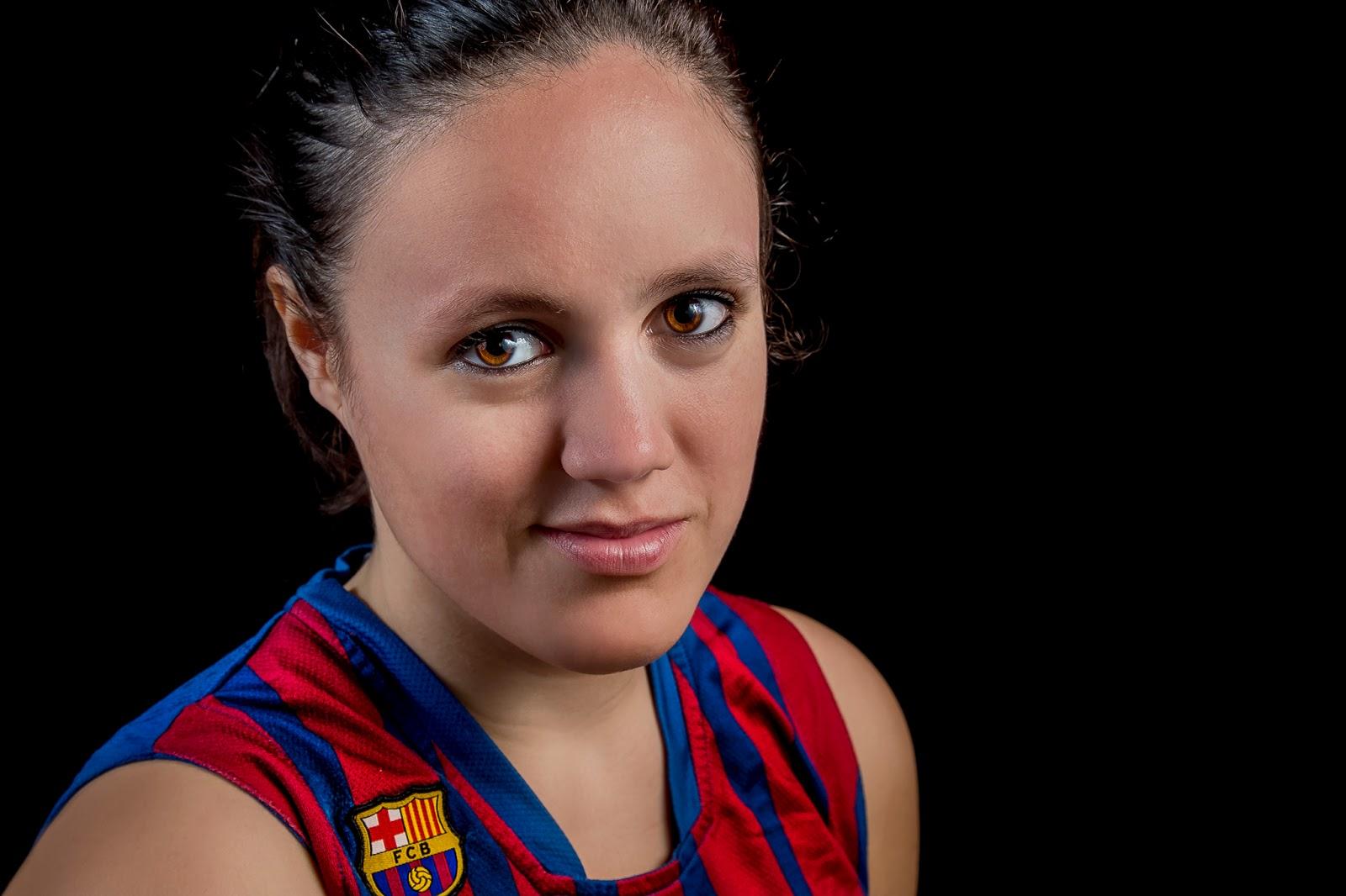 Ari 19 - CBS Barça Senior Femenino A - 2013 :: Canon EOS 5D MkIII | ISO100 | Canon 24-105 @50mm | f/11 | 1/60s