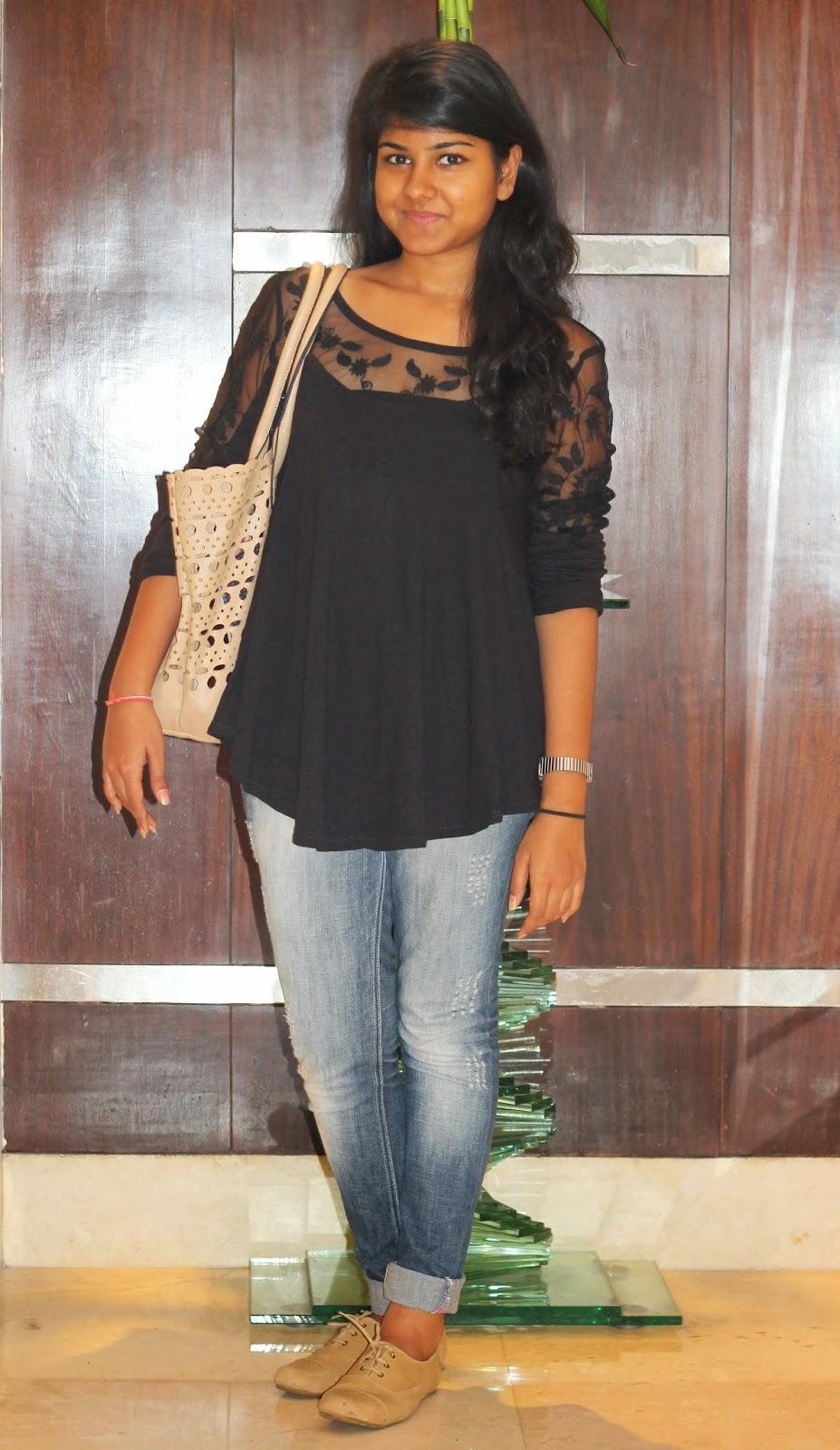 What's She Wearing #1 Mahima Agarwal