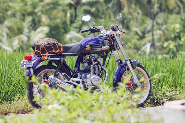Foto Modifikasi Motor Honda CB Jatipuro Cool