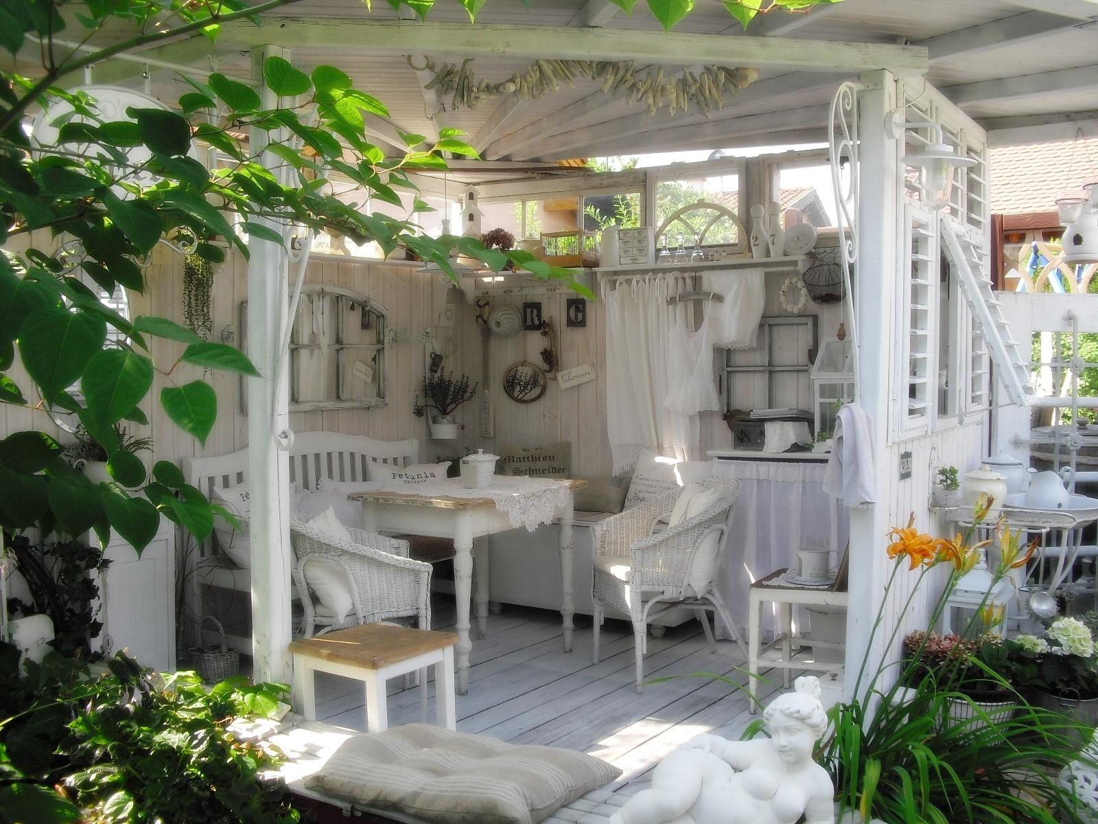shabby landhaus stilgerechtes baden. Black Bedroom Furniture Sets. Home Design Ideas