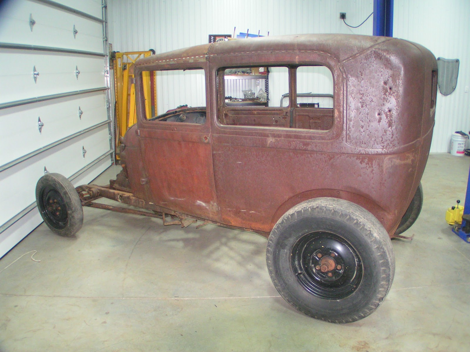 Reel rods inc shop update project for sale 1928 ford for 1928 ford 2 door sedan