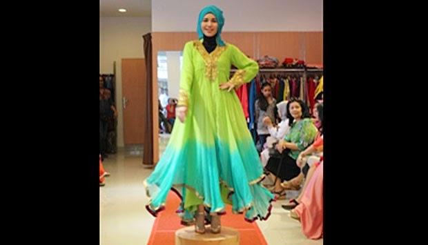 http://dangstars.blogspot.com/2014/06/koleksi-dari-dubai-turut-meriahkan-ramadhan.html