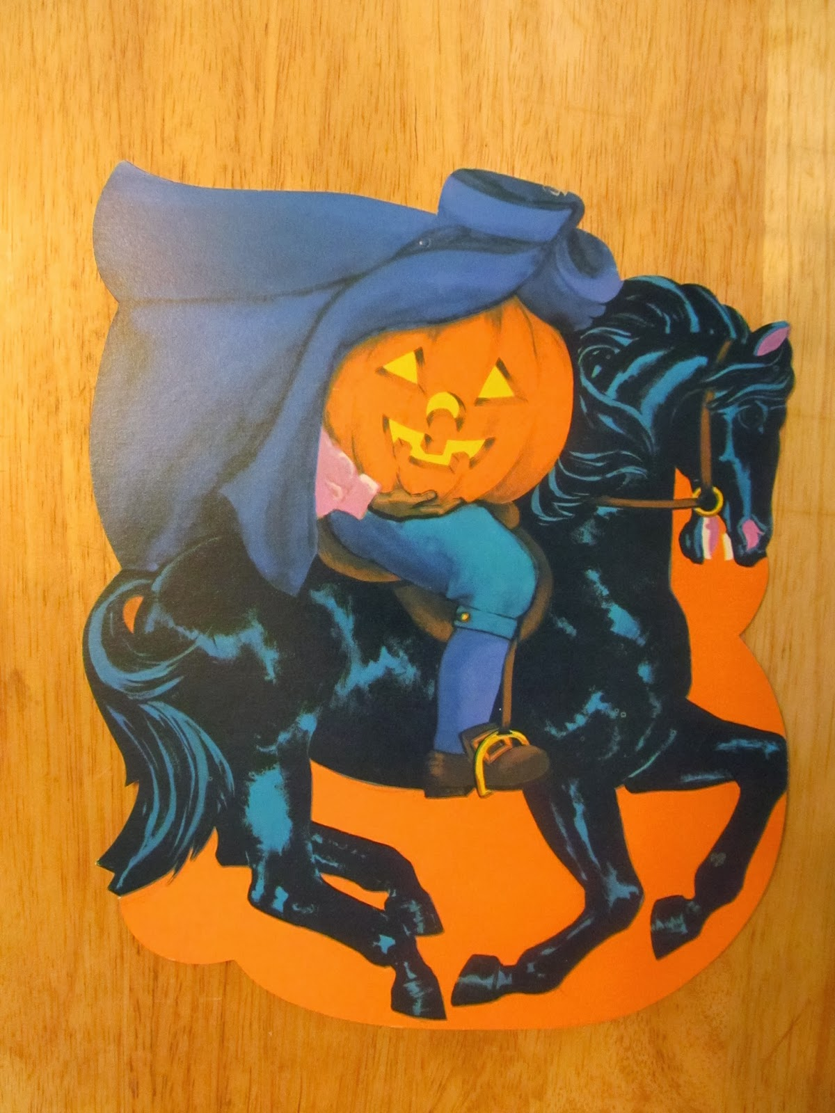 Vintage halloween paper decorations the for Antique halloween decoration