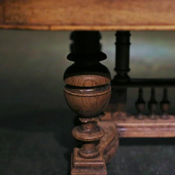 アンティークコーヒーテーブル