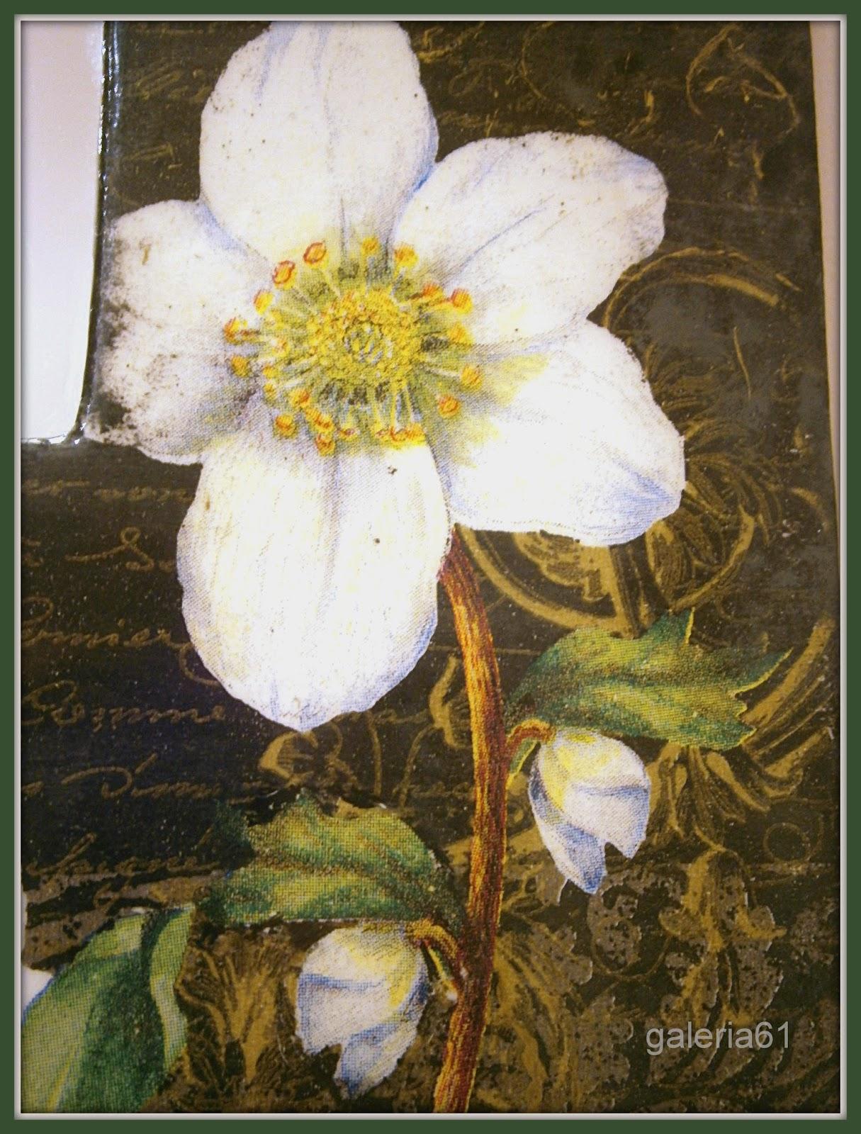 lustro decoupage, czarne, białe kwiaty, rafia