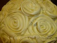 http://www.recetaspasoapaso.com/2011/04/tarta-rosas.html