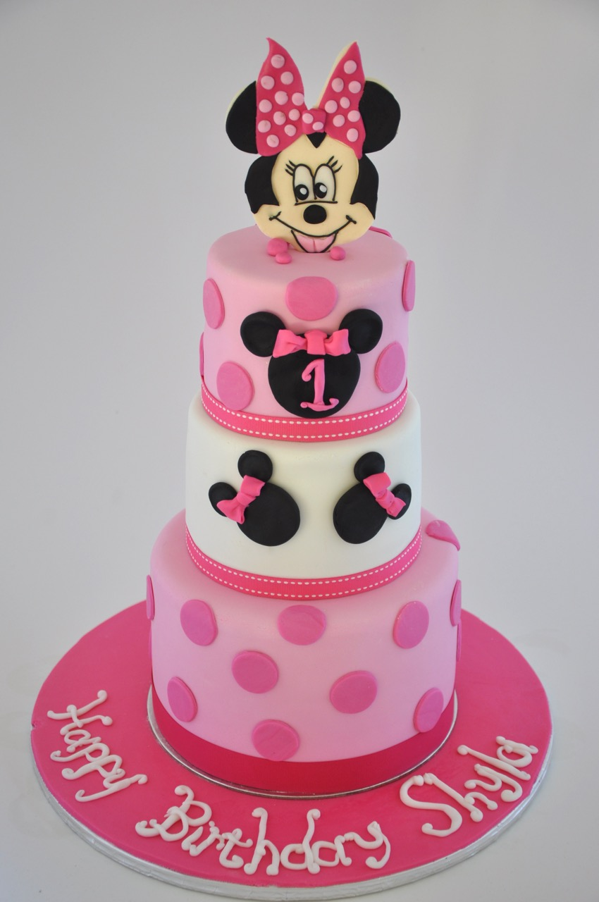 Rozannes Cakes Three Tier Minnie Mouse Cake