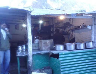 A Cofee and tea shack in Badrinath