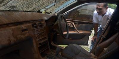 Perbaikan Bagasi dan Laci Mobil Pasca Terendam Banjir, Agung Car