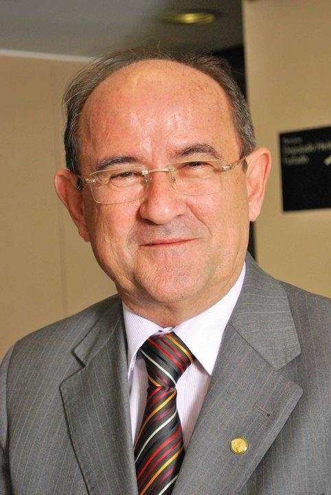Acesse o site do Deputado Antonio Balhmann