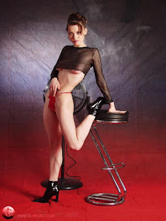 Hot Naked Girl - rs-p6255686-784618.jpg
