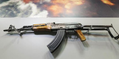 Senapan AK-47 Usamah Bin Ladin. ©NBC