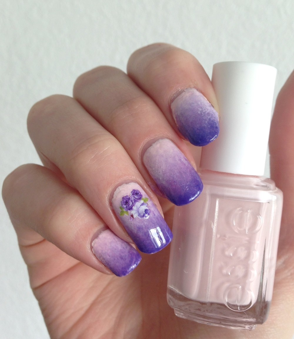 nails-pink-purple-flowers