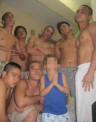 topless boys, naked Filipino, pinoy boy toys, hubad