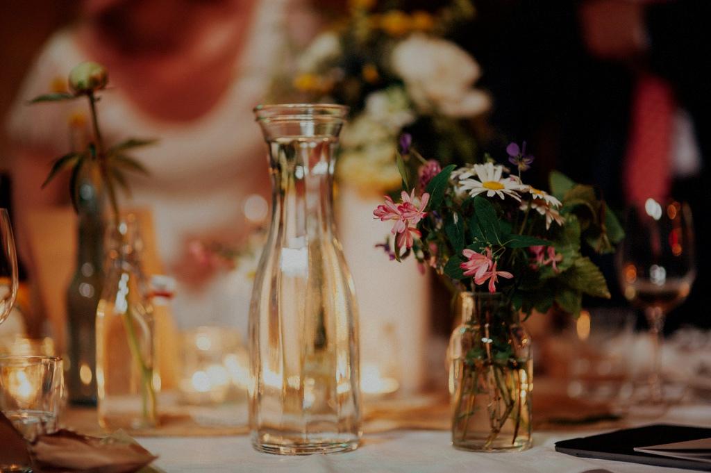 Detaljer på bröllopsdukning