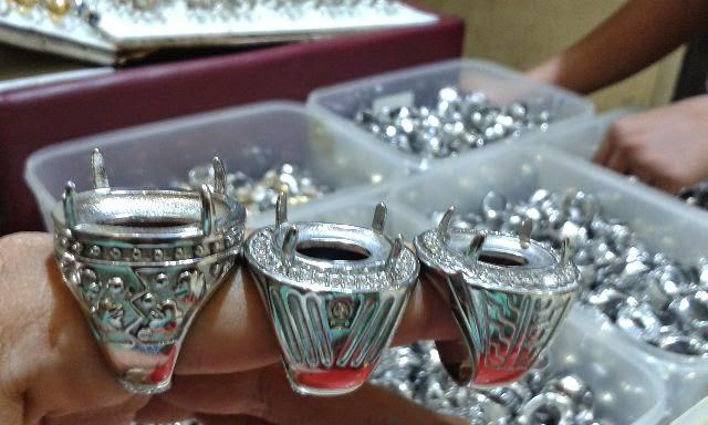 Gambar Cincin Titanium