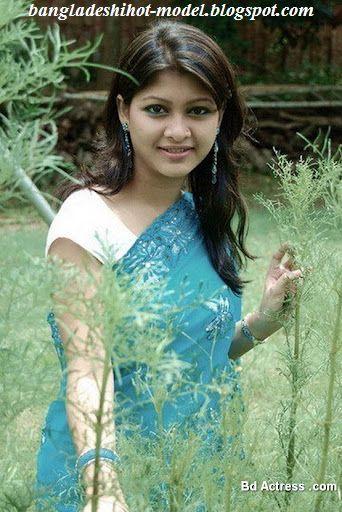 Actress Sarika