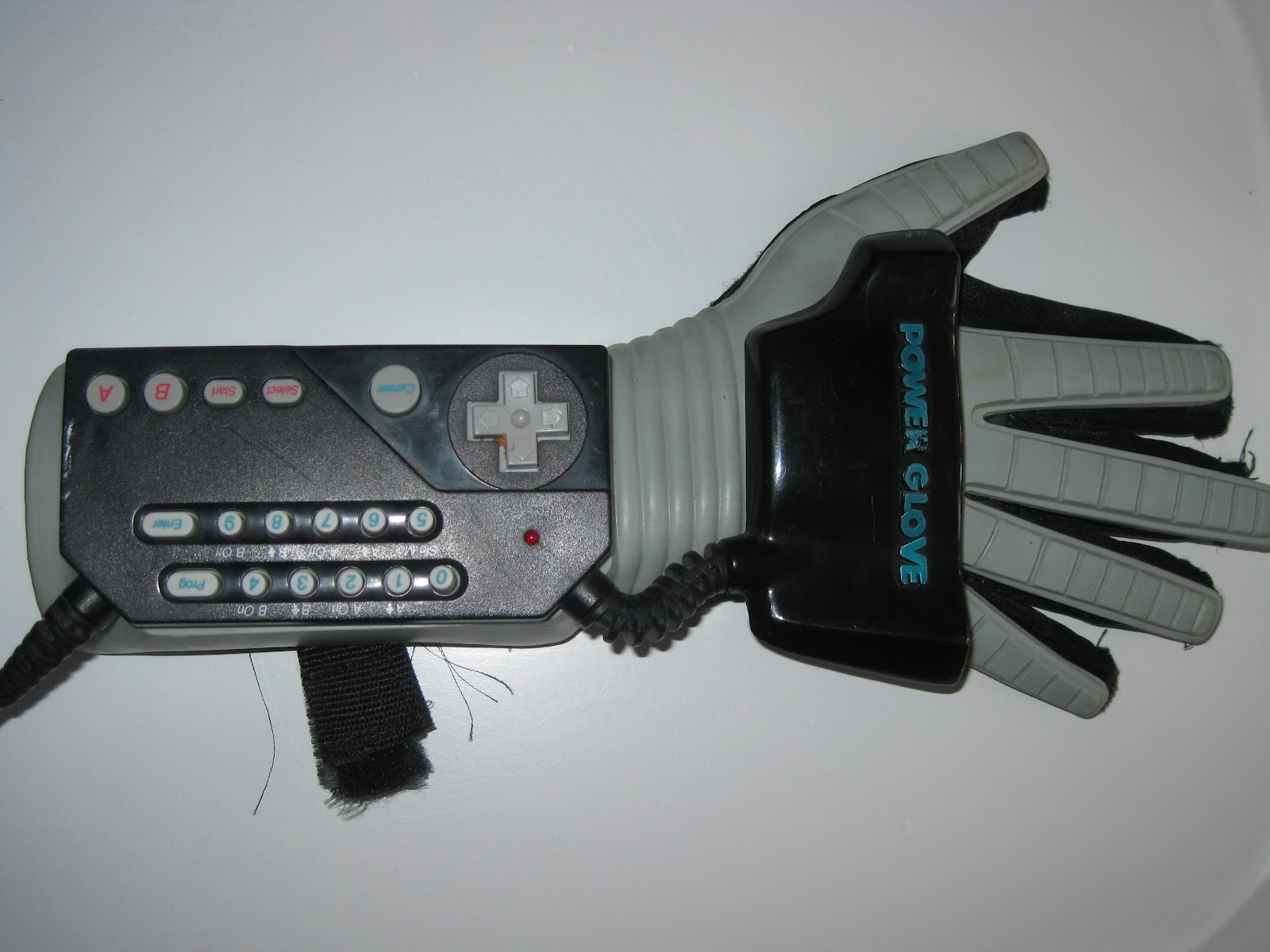 Robot Chicken Animator Hacks a Nintendo Power Glove