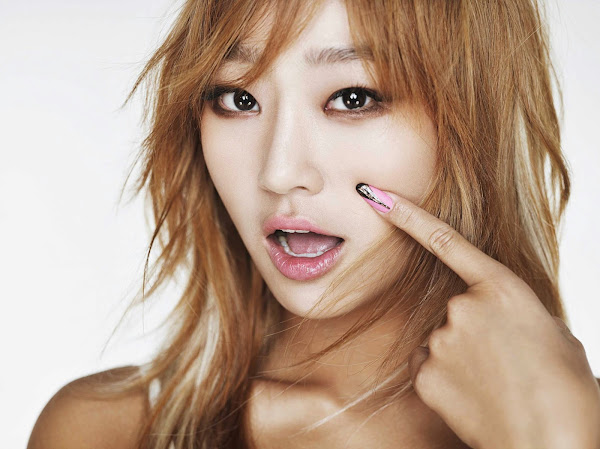 Hyolyn Touch My Body Concept