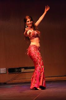 cursillos danza del vientre en Sevilla