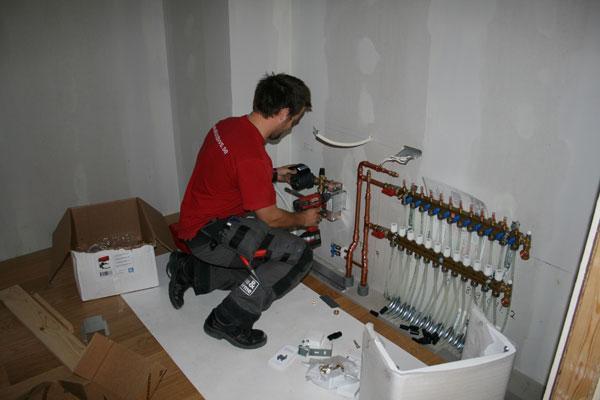 Instalaciones gaiteira historia de la fontaner a for La proveedora de fontaneria