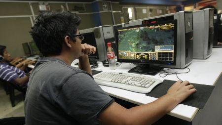 Jugando juegos online