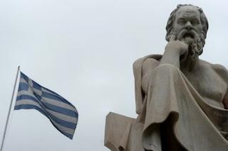 estatua de socrates