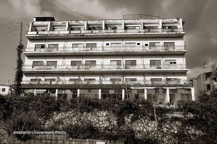 Vico equense on line ex hotel cristallo la commissione per il paesaggio boccia il progetto - Progetto casa fossato di vico ...