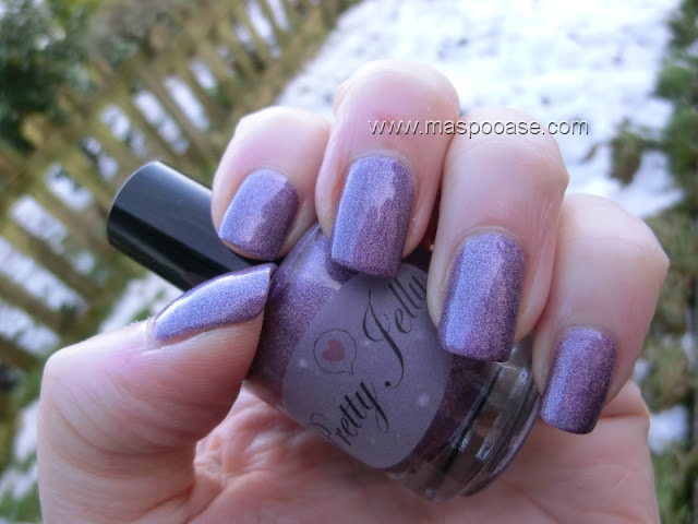 Pretty_Jelly_Grape_Escape_Swatch_shade