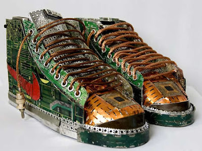 Creative and Cool Ways to Reuse Old Circuit Boards (15) 13
