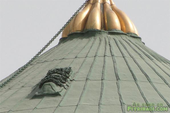 kubur atas kubah masjid nabawi