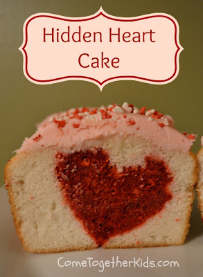 valentines cake, cake with a heart inside