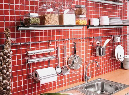 Organizadores de pared sb cormo for Colgar utensilios de cocina