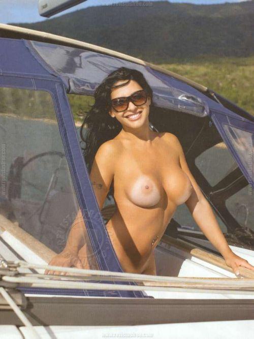 Playboy Karine Camargo - Morena da Laje