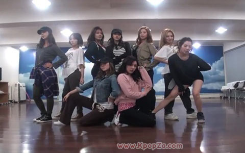 "Girls' Generation ซ้อมเต้นในเพลง ""The Boys"" และ ""MR. TAXI"""
