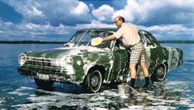 cleaned car = mobil yang dibersihkan