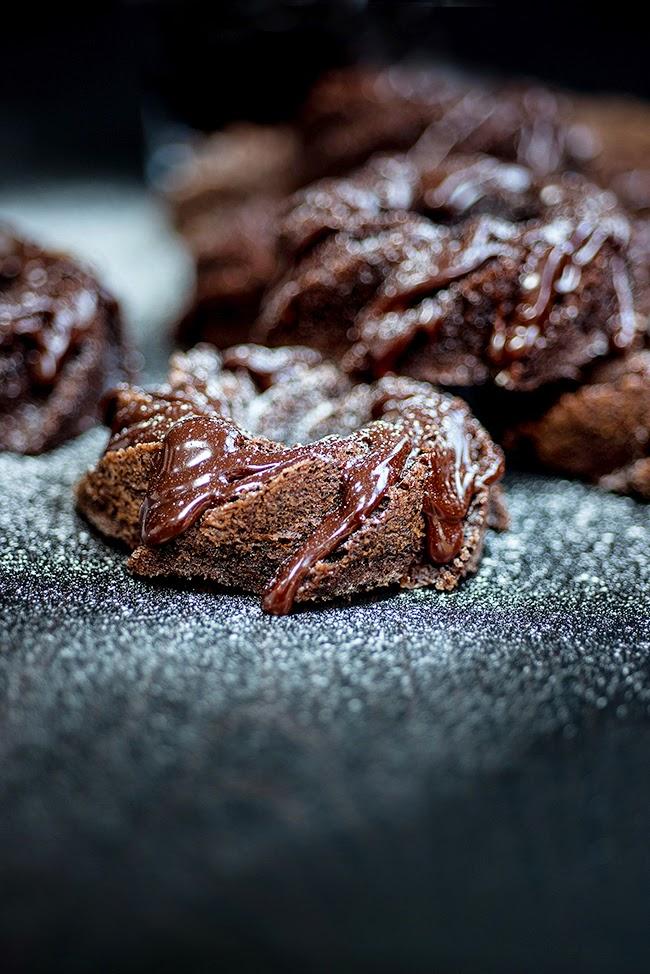 Mini chocolate and red wine bundt cakes | Supergolden Bakes