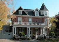Kingston, Ontario, Secret Garden Inn, Accommodations