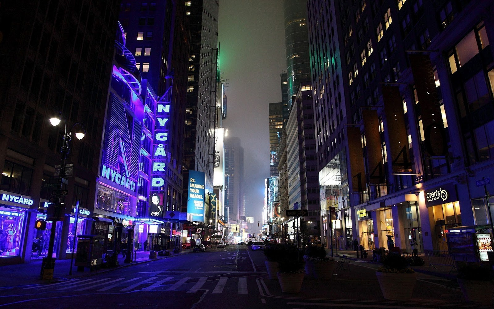 http://4.bp.blogspot.com/-ygt5xnluVBM/T58qPBdGeuI/AAAAAAAAbV8/M4llfWNj5Wk/s1600/New-York-NYC-USA-Wallpapers_06.jpg