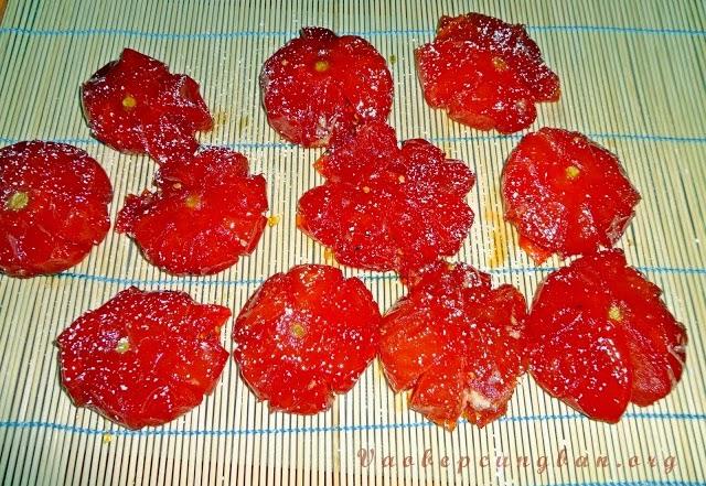 Cách làm mứt cà chua quả to cực ngon