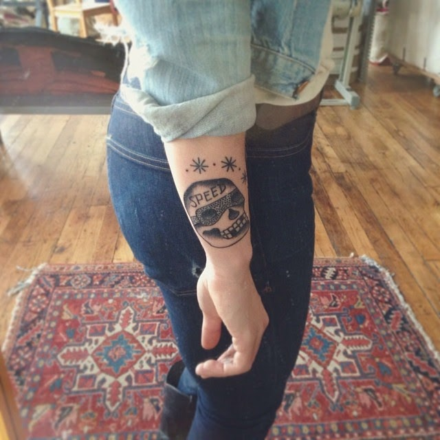http://www.heynataliejean.com/2015/02/tattooed-ladies-001-alice-saunders-from.html