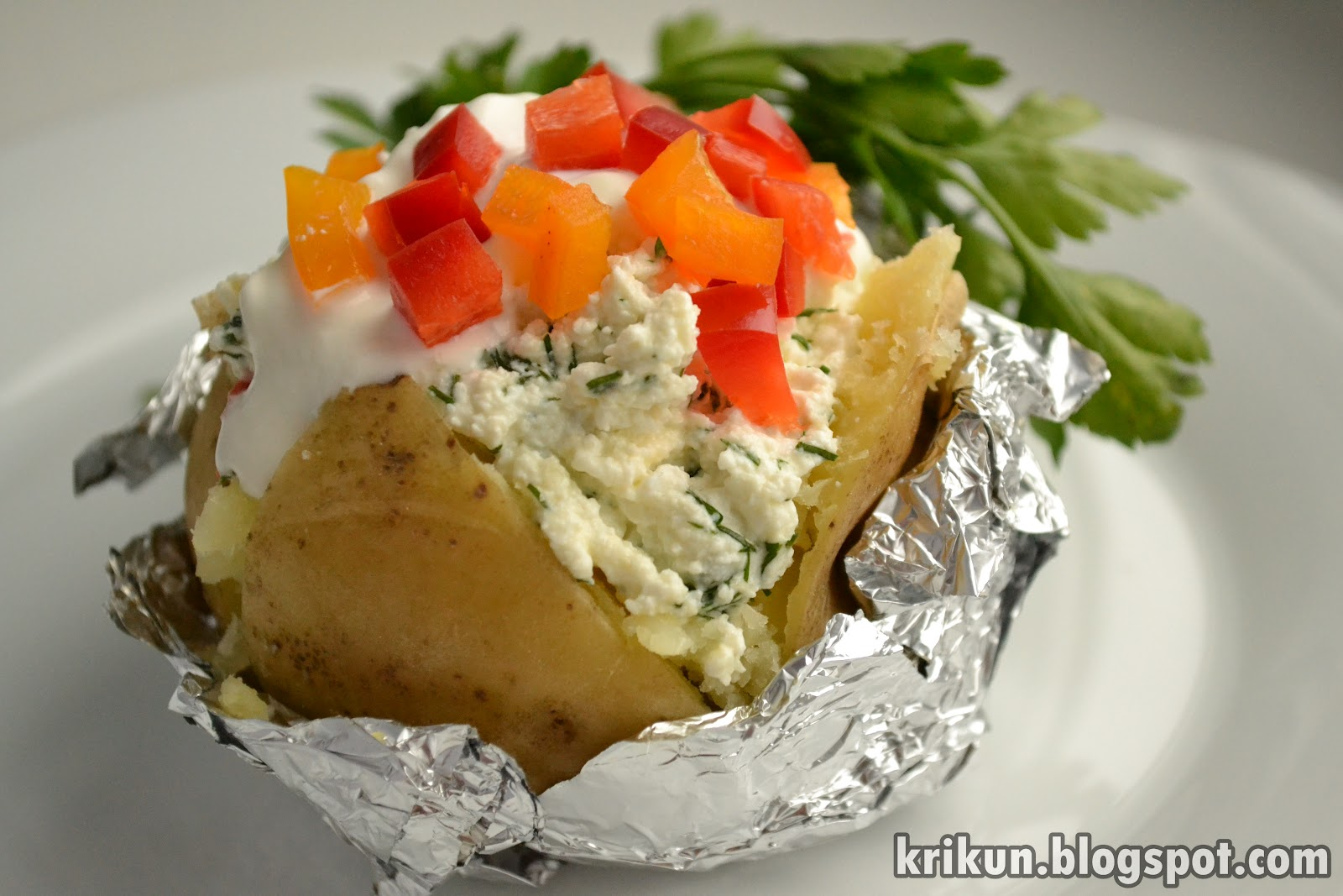 Как сделать печёную картошку в фольге в духовке рецепт